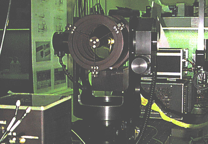 JPL Optical Communications Demonstrator (93324 bytes)